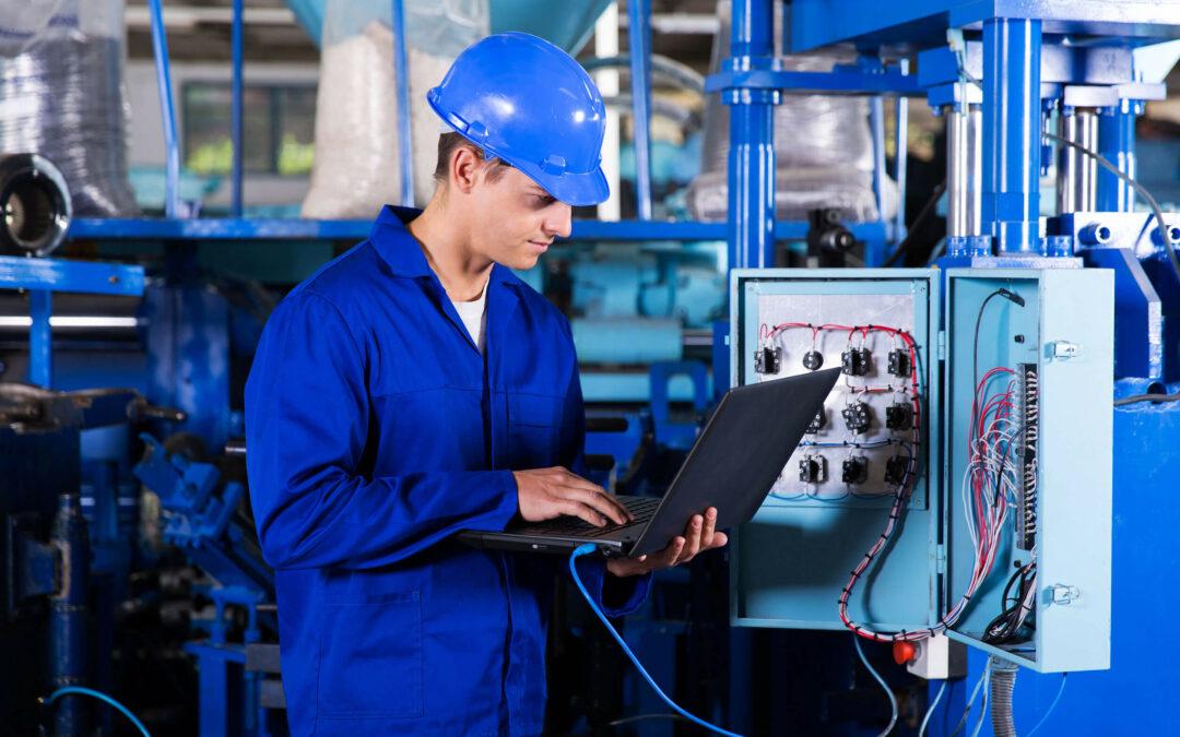 Érdekel a PLC programozói szakma? Mi megkérdeztük és megtudtuk, mi teszi a jó PLC szakembert!
