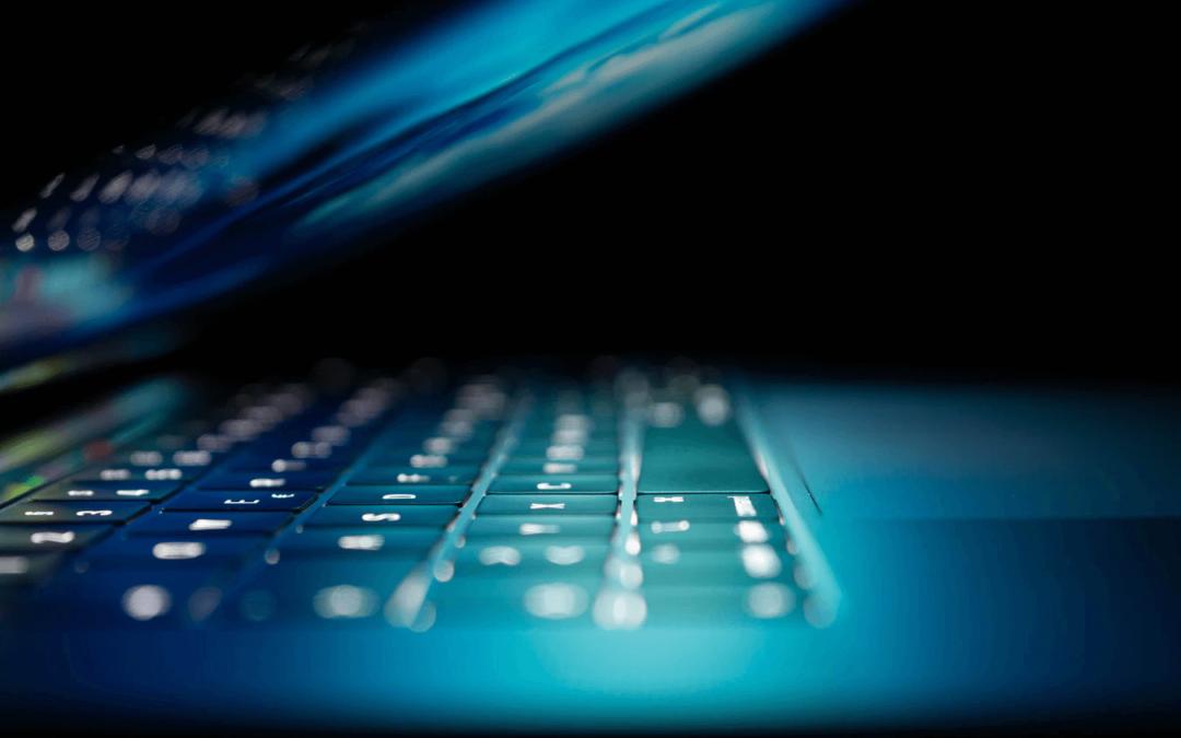 A PLC programozó szakma szépségei és kihívásai – interjú Pallagi Ádámmal